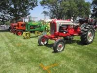 summer-event-tractors-ford-jd-steel-wheel-allis-etc-2017