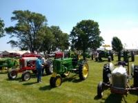 summer-event-tractors-set-up-2017